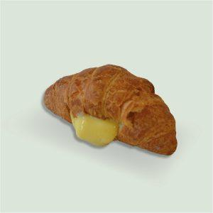Croissant ripiena con crema pasticcera - Sapore Milano